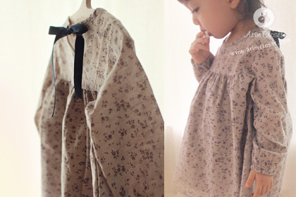 [14차제작] 갖고싶은 그녀 - violet flower beige cotton baby dress
