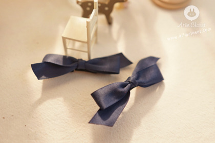 [19차제작] 이만큼 너가 좋아 - navy ribbon baby pin / mini baby pin