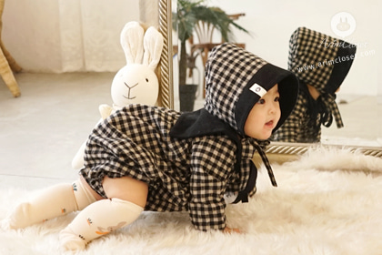 포근한 햇살이 아가를 사랑할 때 - black and beige 1oz winter baby sailor cotton bodysuit