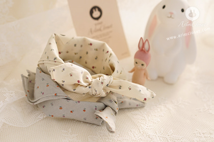 기분 좋은 날씨 ~ - 2color baby cotton cute flower petite scarf