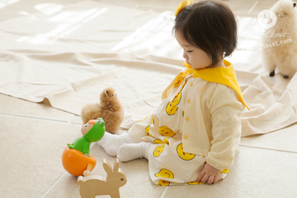 [2차제작] 모찌모찌 너의 볼 넘 귀욥다 !! - cute smile pattern yellow sailor baby cotton dress