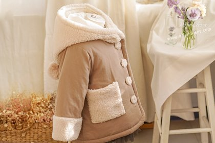 포근하고 몽실한 모습에 마음 빼앗겼죠 :) -  warm cocoa color 5oz fleece fur point baby cotton coat