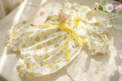 유채꽃밭에서 우리 아가의 작은 손잡고서..- cute yellow flower lace ribbon linen + cotton baby bodysuit